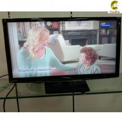 ໜ້າຈໍໂທລະທັດ TV ຫຍີ້ຫໍ້ samsung ຮຸ່ນ ua24h4003 ຂະໜາດ24 ນີ້ວ